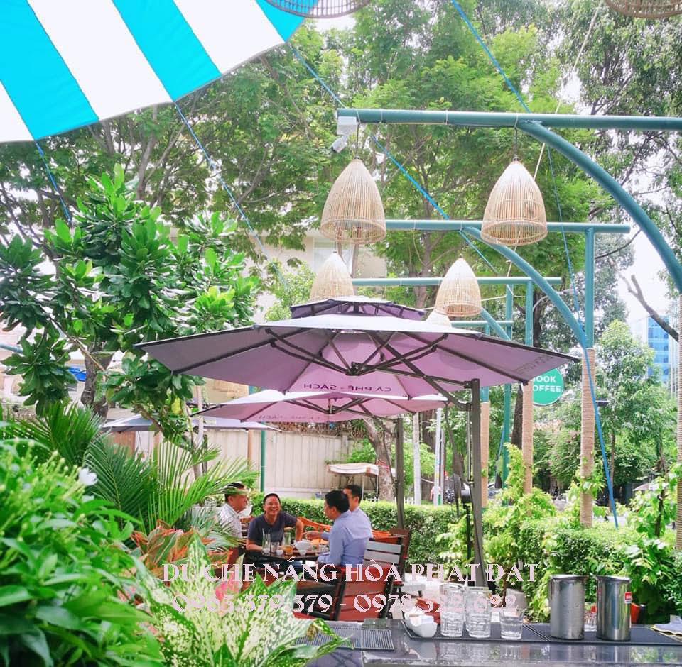 bán-dù-che-nắng-quán-cafe