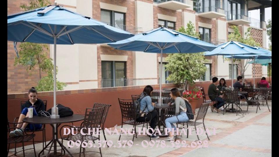 mẫu-dù-che-nắng-quán-cafe